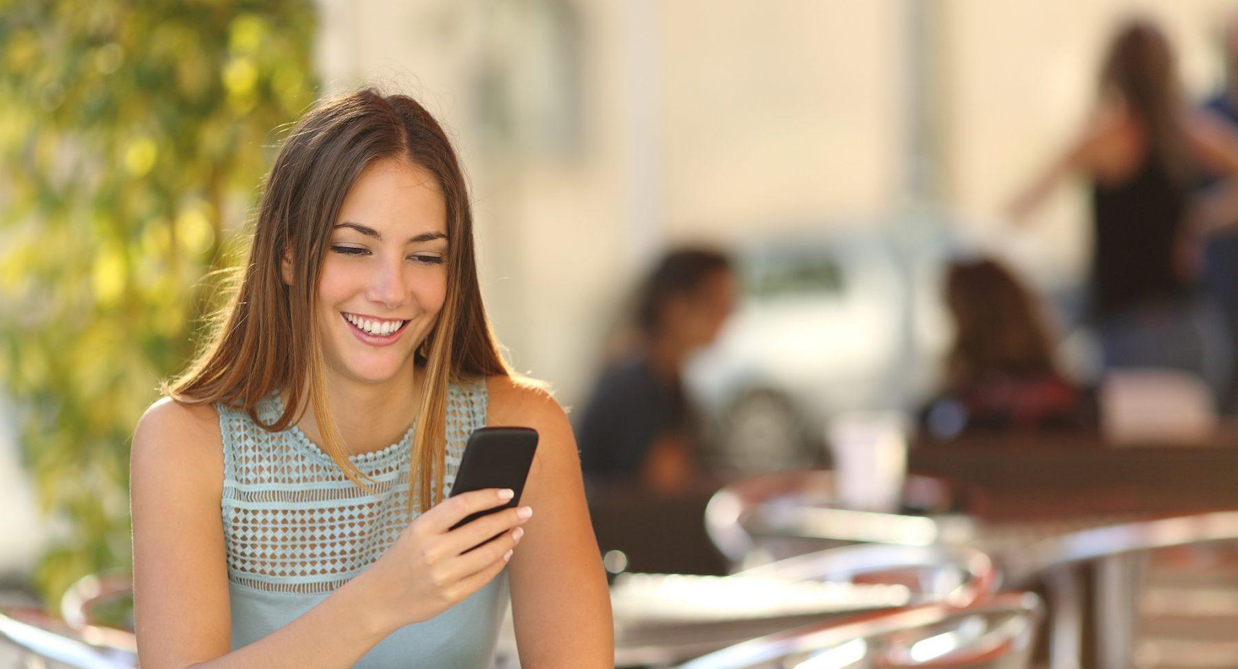 Flirten ohne kosten lablue Single Chat und Partnersuche (dauerhaft kostenlos)